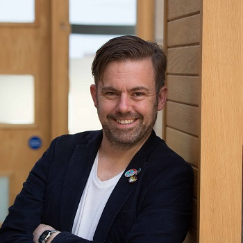 David McGuire, Radix